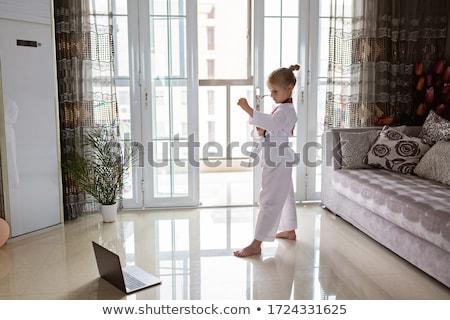 praktijk · karate · vechtsporten · jonge · man · oefenen · Rood - stockfoto © elnur