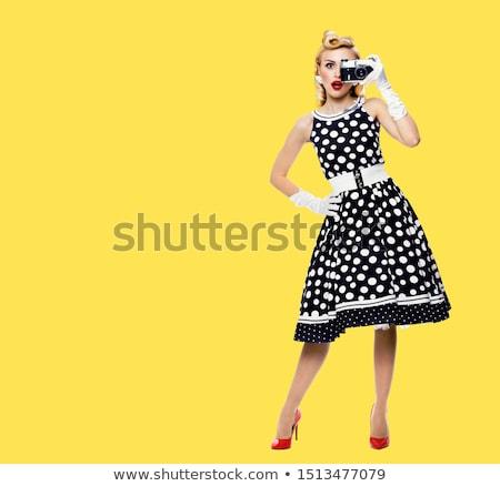 Stockfoto: Meisje · retro · camera · mooie · jonge · vrouw · foto