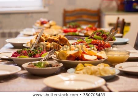 Tabela jantar ao ar livre servido prato copos de vinho Foto stock © simply