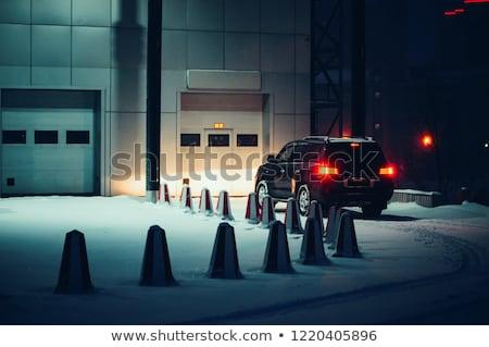Photo stock: Voiture · garage · nuit · fermé · temps · ville