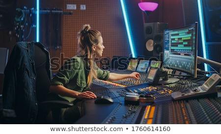 Suono ingegnere donna consolare studio musica Foto d'archivio © Kzenon