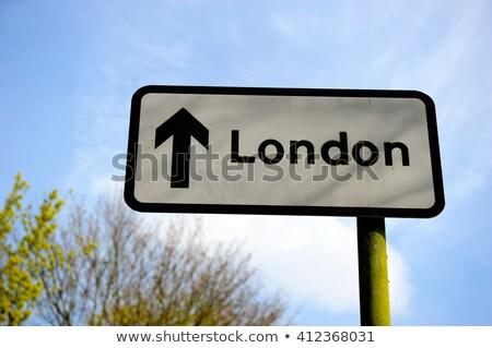 London zöld autópálya tábla magas döntés grafikus Stock fotó © kbuntu
