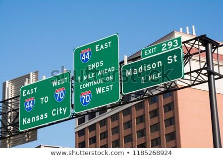 Missouri autópálya tábla zöld USA felhő utca Stock fotó © kbuntu