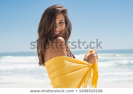 heureux · femme · souriante · plage · lumineuses · photos · femme - photo stock © dolgachov