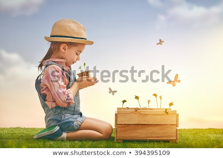 Fille semis cute peu enfant Photo stock © choreograph