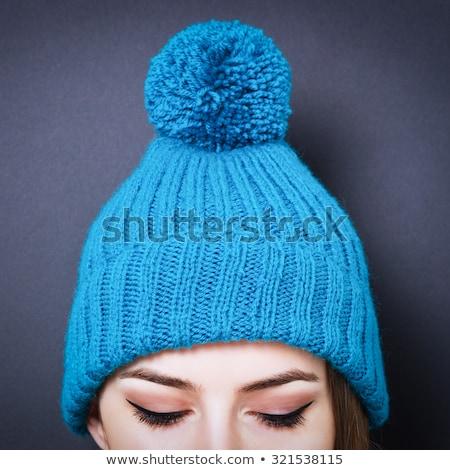 caliente · gris · lana · de · punto · sombrero · hermosa - foto stock © marylooo
