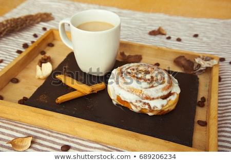kávé · fahéj · tekercsek · bogyók · reggeli · fa · asztal - stock fotó © karandaev