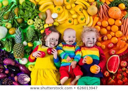 Erkek meyve sağlıklı gıda çocuklar çocuk sağlıklı beslenme Stok fotoğraf © galitskaya