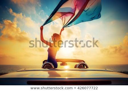 Retrato viajante céu mulher sol fitness Foto stock © Lopolo