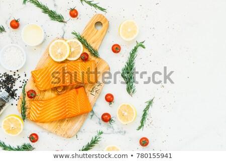 鮭 フィレット その他 魚 シーフード 販売 ストックフォト © elxeneize