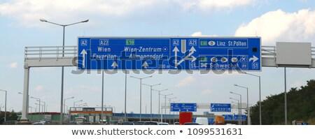 Słowacja znak autostrady zielone Chmura ulicy podpisania Zdjęcia stock © kbuntu