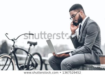 бизнесмен ноутбука за пределами пейзаж костюм менеджера Сток-фото © photography33