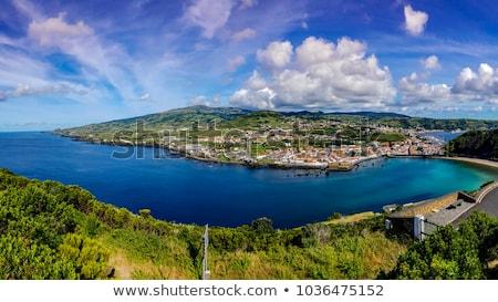 Eiland hemel stad zee schoonheid Stockfoto © dinozzaver
