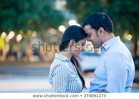 Mutlu an Hint çift sevmek gülen Stok fotoğraf © ziprashantzi