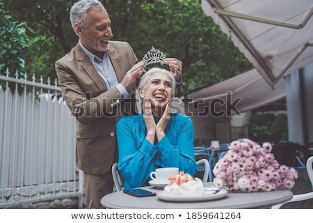 Mulher madura estilo de vida casa mulher sorrir cara Foto stock © racoolstudio