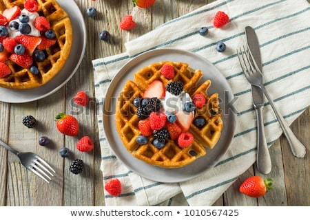 Wafel bessen voedsel ontbijt kers dessert Stockfoto © M-studio