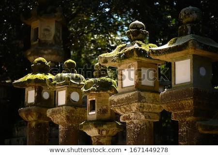 Lantaarns verlichting donkere heiligdom Japan tempel Stockfoto © daboost