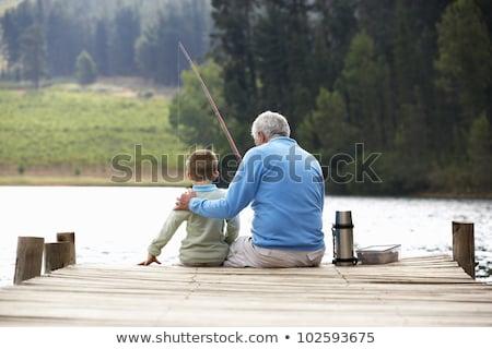 Großvater Enkel Fischerei Junge Fluss Sitzung Stock foto © IS2
