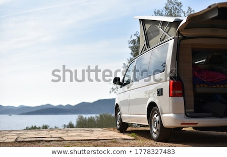 Kampeerder van reis platteland wolken vorm Stockfoto © unikpix