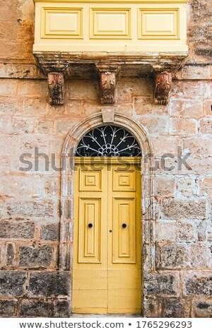 Traditionnel blanche porte d'entrée Malte détail bâtiment Photo stock © boggy