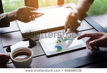 stock · análisis · digital · tableta · moderna - foto stock © andreypopov