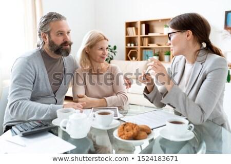 成熟した男 女性 見える 小さな コンサルタント ストックフォト © pressmaster