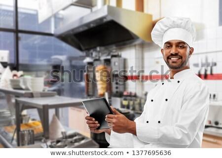 Gelukkig mannelijke indian chef kebab winkel Stockfoto © dolgachov