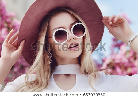 Meisje witte fedora portret mooie blond Stockfoto © carlodapino