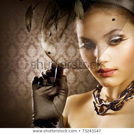 Retro moda retrato mulher véu luvas Foto stock © gromovataya