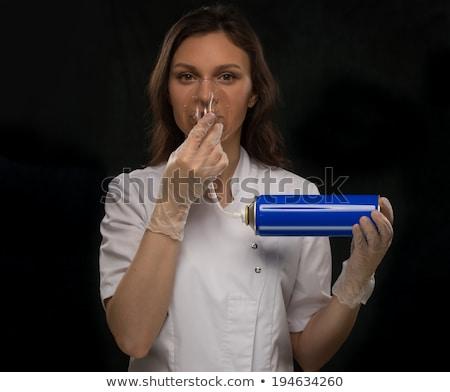 Orvos tart konzerv oxigén légzés felismerhetetlen Stock fotó © HASLOO