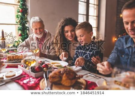 comida · retrato · saludable · mujer · sesión · cama - foto stock © pressmaster