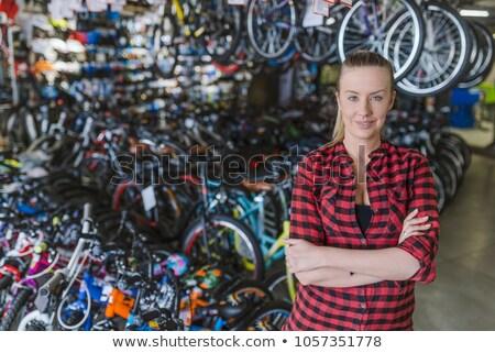 Dumny kobieta rowery dziewczyna człowiek Zdjęcia stock © IS2