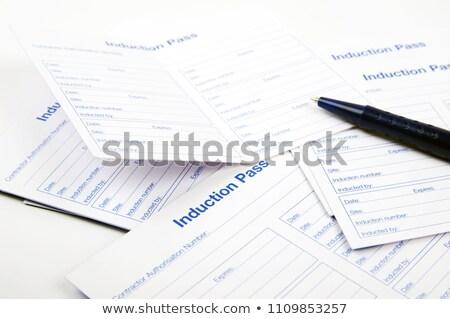 労働 合格 カード 識別 作業 青 ストックフォト © luapvision