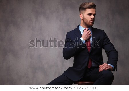 portré · csábító · fiatal · üzletember · ül · fény - stock fotó © feedough