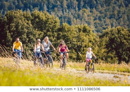 семьи · верховая · езда · Велосипеды · после · полудня · лет - Сток-фото © kzenon