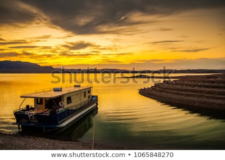 ship at Lake Mead Stock photo © prill