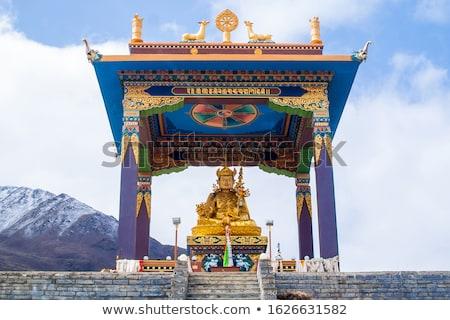 Foto buddha standbeeld Nepal tempel heilig Stockfoto © shai_halud