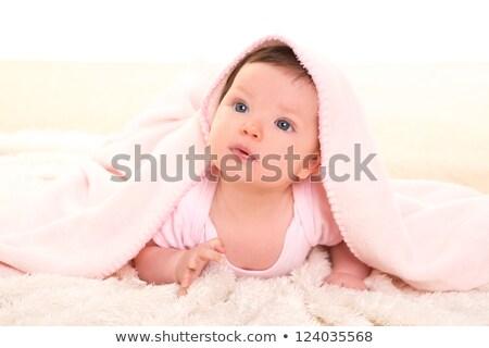 kislány · fogfájás · rózsaszín · fehér · szőr · tél - stock fotó © lunamarina
