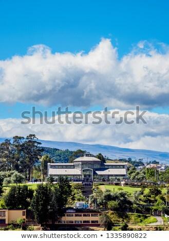 Palácio parque Equador impressionante edifício de vidro negócio Foto stock © pxhidalgo
