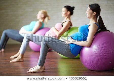 donna · incinta · bella · seduta · esercizio - foto d'archivio © ilona75