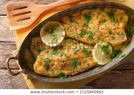 Pan frit truite légumes garnir plaque Photo stock © Digifoodstock