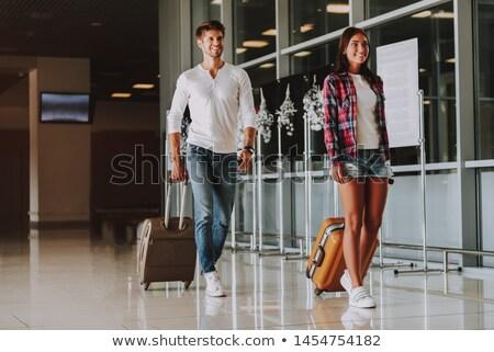 Foto stock: Pareja · caminando · aeropuerto · salida · salón · hombre