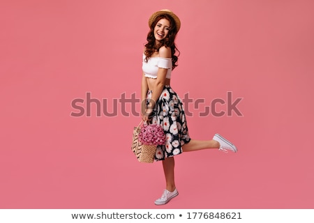 jolie · femme · coloré · bouquet · fleurs · joli - photo stock © konradbak