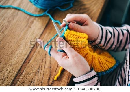 Stock fotó: Kéz · kötött · citromsárga · sál · fából · készült · fa
