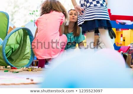 Stockfoto: Toegewijd · kleuterschool · leraar · leuk · activiteit · kinderen