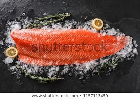 Frescos salmón filete especias listo peces Foto stock © furmanphoto
