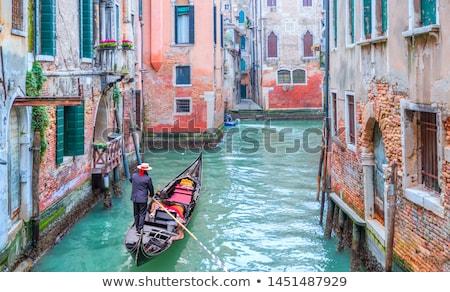 motorboot · kanaal · Venetië · Italië · hemel · huis - stockfoto © kacpura