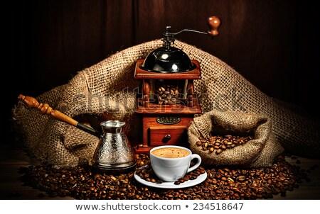 Stok fotoğraf: Bağbozumu · kahve · değirmen · öğütücü · kahve · çekirdekleri · gıda