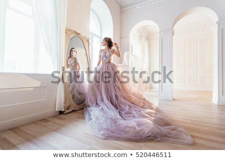 Piękna kobieta elegancki wieczór suknia piękna młoda kobieta Zdjęcia stock © stryjek