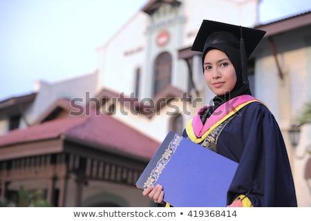 Moslim meisje afstuderen ceremonie sjaal hoed Stockfoto © zurijeta